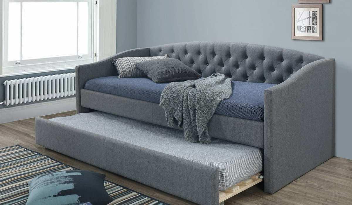 Перетяжка дивана кровати