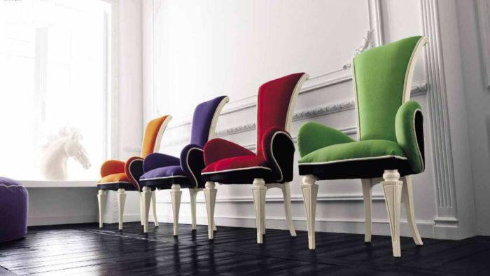Перетяжка и обивка стульев