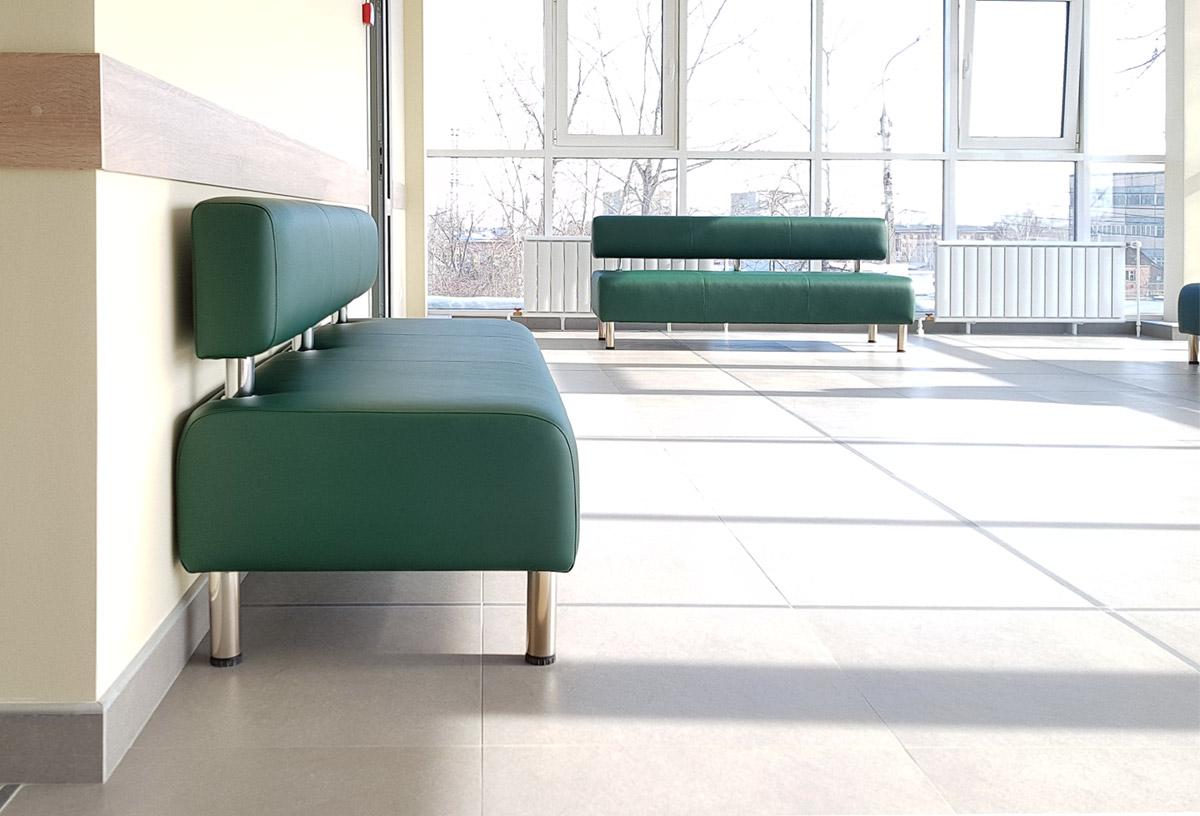 перетяжка больничных диванов