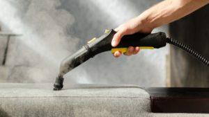 Как чистить диван пароочистителем правильно